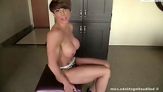 Rapture Tall Strong Muscle Mistress Femdom