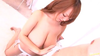 Busty Asian model Hitomi Tanaka knwos how to respect a dick